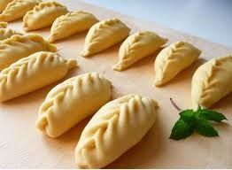 Culurgiones a typical sardinian food to eat in tour in Cagliari