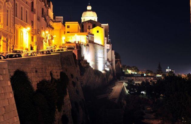 Tour Cagliari by Night: walking tour of old Cagliari